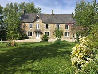 Maison entre Mont Saint Michel et Granville, mer a 15min, 8 personnes, chevaux