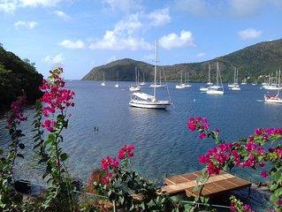 superbe gîte bord de mer ponton privé Grande anse idéal pour un couple