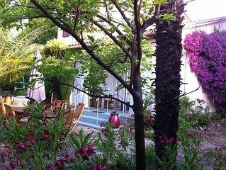 Grand jardin, 3 min de la plage, quartier résidentiel de Sanary