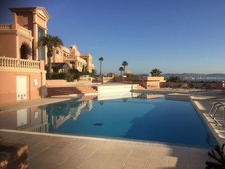 Appartement de luxe a Imperial Bay situe au ceour de Theoule sur mer
