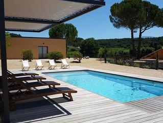 Maison moderne, entièrement climatisée, vue panoramique!