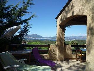 Villa avec vue panoramique sur AJACCIO et son superbe golfe à prox. de la plage