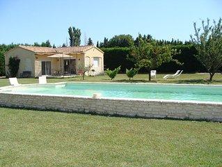 Gîte avec piscine en campagne provençale Pernes Les Fontaines