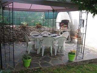 Location avec jardin et deux salles de bain pour 6 personnes proche des animati