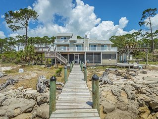 Fish A Pier Here!  Lovely home on the Bay with a Dock for your boat!