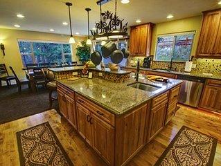 """Private Luxury Rocky Mountain Estate """"The Lodge"""" Phenomenal BIG Mountain Views"""