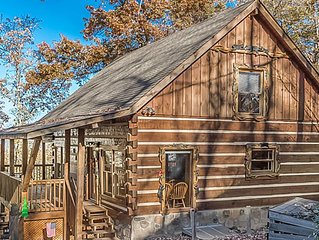 Luxury Hand-Hewn Log Cabin w/ View of Smokies, Sleeps 6