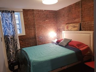 City Living in the Park. Midtown.  Location, location.  Only 1 exit to Downtown!