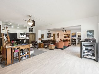 Newly renovated, furnished, 2000sf First Floor Condo steps from Fifth Avenue
