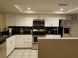 Newly Remodeled Top Floor Condo