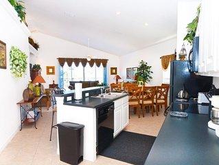 Luxury 4 Bedroom, 2 Master En Suites, 3 1/2 Bath Pool Home with Spa