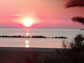 Vista mare accesso diretto spiaggia -  20 meters away from beach  (no streets )