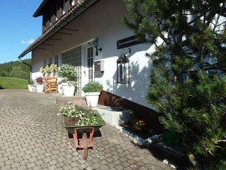 Liebevoll eingerichtete Ferienwohnung wenige Minuten von Wald/Skilift entfernt.