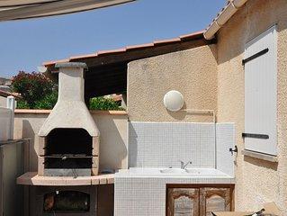 PAVILLON DE PLAGE 5 couchages + terrasse et parking privé BAS DE ST PIERRE