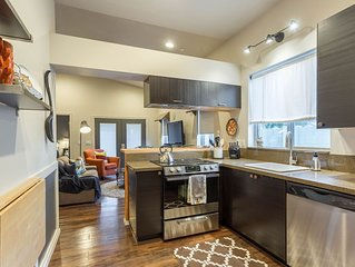PRIVATE/SAFE/ 'NOT a Condo or Apartment'! Walk to Baseball, Downtown Events & Mo