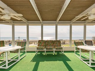 Pickwick Oceanfront in downtown Rehoboth Beach On the boardwalk, beach and ocean