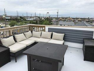 1 year old home! Rooftop Deck, 3Bed, off-street parking,  ground floor stoarage