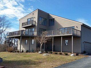 Stunning 6 bedroom contemporary with a georgous view of Block Island Sound