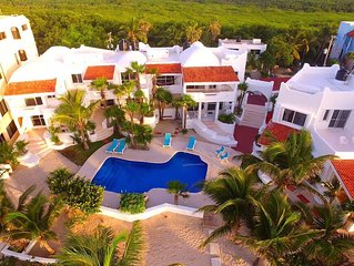 Villas Flamingo 2,  BEACHFRONT POOL!  Affordable Privacy! 2 Story Villas!
