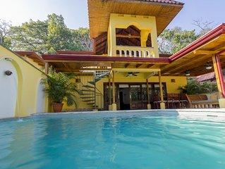 Jungle Luxury, Steps To Beach, Wifi, Pool