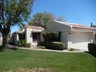 CCCC Condo on Golf Course - Quiet, Close to Palm Springs, Dog Friendly, Pool