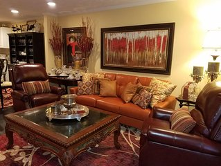 Newly Remodeled 2 Bedroom Condominium, Just Come and Relax