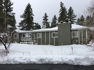 Charming Mt Rose-Ski Tahoe Main Duplex House
