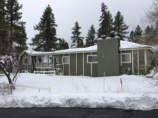 Charming Mt Rose-Ski Tahoe Main Duplex House