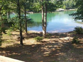 Tranquil Lakefront Setting near Clemson SC