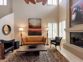 Two Master Suites/Two Car Garage Central Scottsdale Townhouse