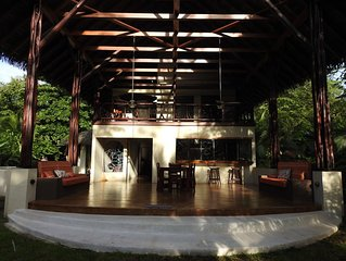 Tropical house on the Osa Peninsula, close to beach in a quiet neighborhood