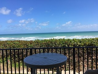 Beachfront Sand Dollar Shores/Relax as you listen to the waves!