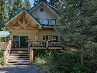 Sharlie`s Nest - Forest Setting. Close to North Beach. Filtered Lake Views.