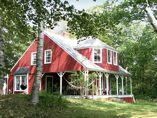 Historic Island Cottage, 5BR