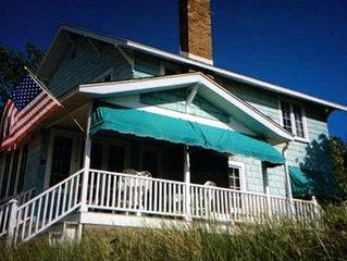 Vintage cottage on Lake Michigan in Macatawa Park
