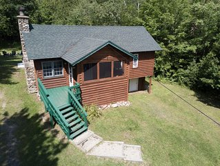 Cute Cabin with Hot Tub on 18 acres Near Whiteface & Adirondack Wildlife Refuge