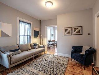 2 Bedroom Apartment Unit In Portland's Historic West End Neighborhood