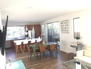 Cozy Costa Mesa Retreat, 2 blocks from Newport Beach