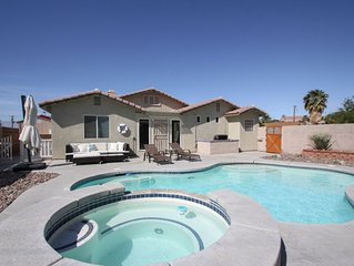 ★ Desert Luxury Oasis ★ Pool | Spa | Close to Palm Springs!