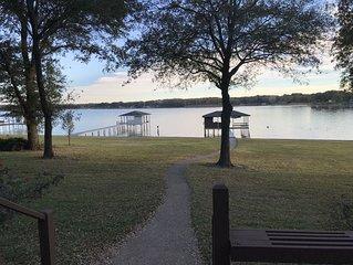 Richland Chambers Lakefront Retreat