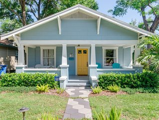 Charming Bungalow Steps from Downtown St. Petersburg