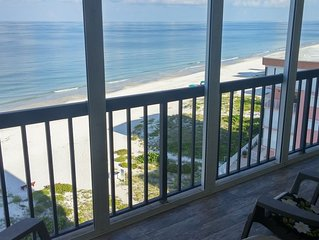 Condo on the Gulf of Mexico Beach, spacious balcony, breathtaking sunsets