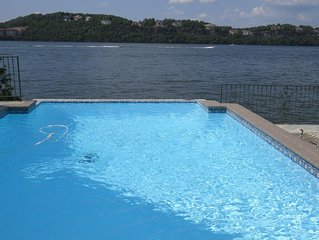 LAKEFRONT Porta Cima, Private Pool & Dock, Up to 25 People/16 in Beds, Golf Club