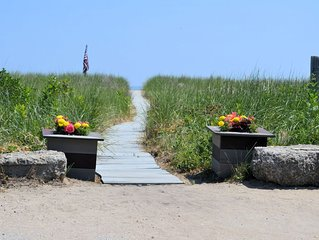 Steps to Hills Beach, Saco River, nearby Old Orchard Kennebunkport #2