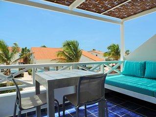 Ocean Side Paradise. Sleeps 4 / 2 B