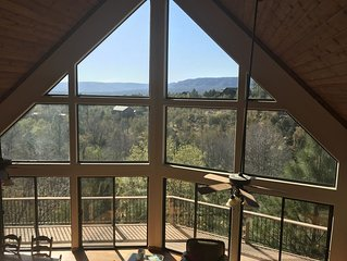 Luxurious Secluded Creek Front Cabin with Breathtaking Views