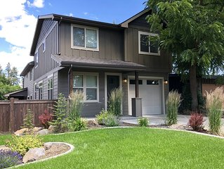 Family-friendly townhouse in the heart of the South Hill.