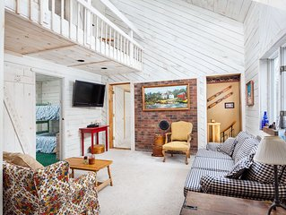 NEW TO VRBO - The Blue Home, Just 2 Miles From Mount Snow!