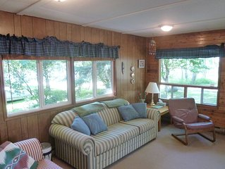 Cozy Waterfront Cottage in Grand Beach Manitoba