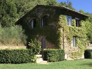 Florence, Siena, Arezzo:  Modern comfort and style in a historic Tuscan cottage.